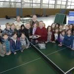 Übergabe-Tische-an-Realschule